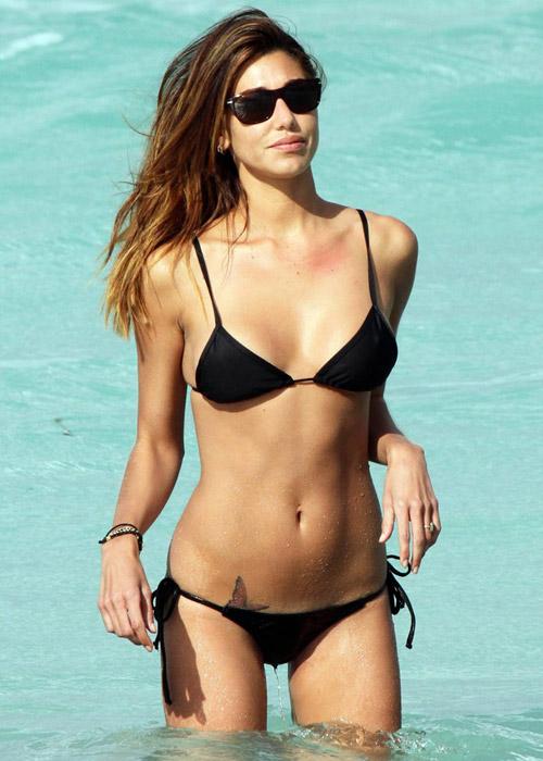 Belen Rodriguez Bikini Nude Photos 24