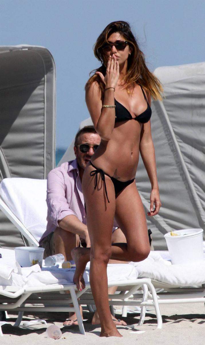 Belen Rodriguez Bikini Nude Photos 32