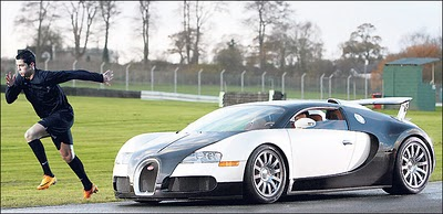 nike ad c ronaldo vs bugatti veyron taking names. Black Bedroom Furniture Sets. Home Design Ideas